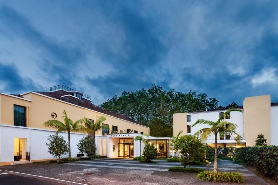 Voorkant Terra Nostra Garden Hotel