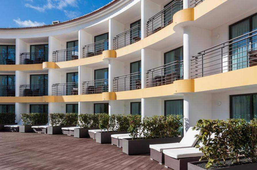 Achterkant Terra Nostra Garden Hotel