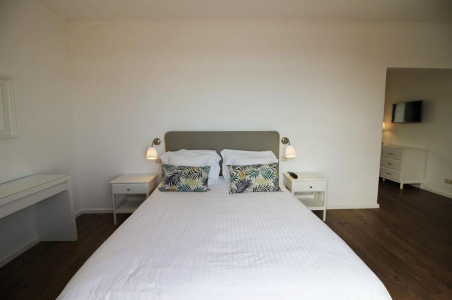 Suite Vinha d Areia Beach Hotel
