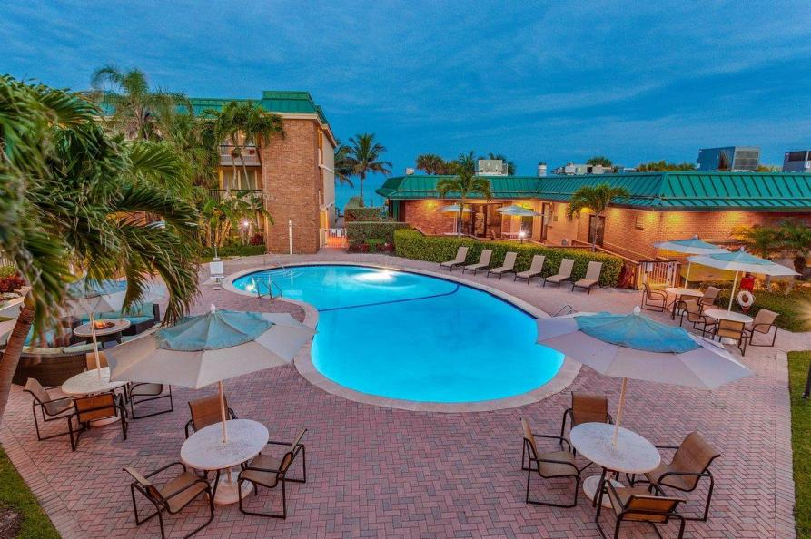 Holiday Inn Vero Beach