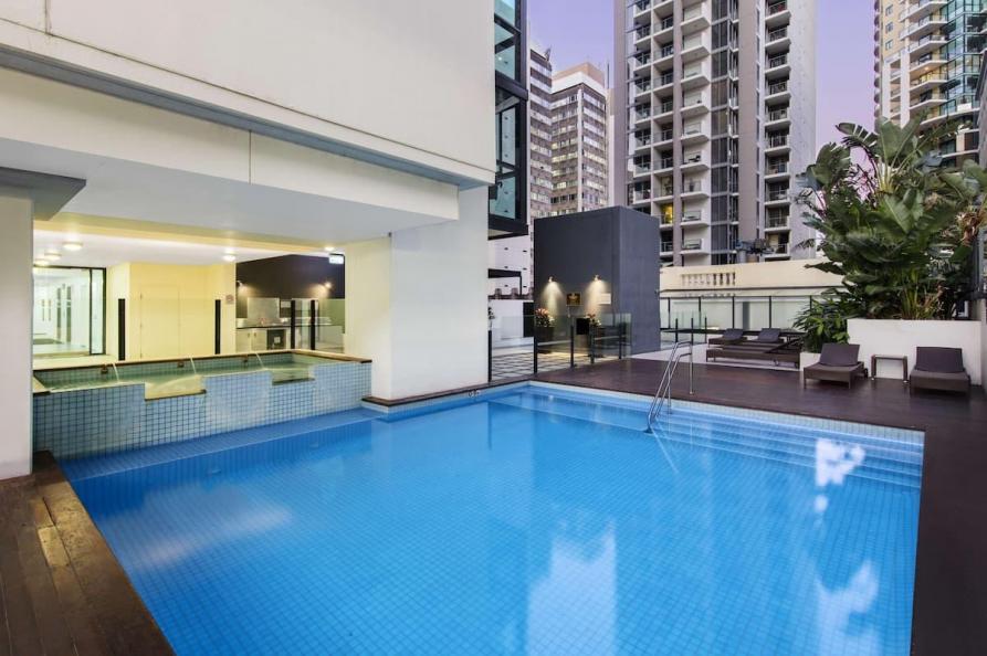 Oaks Brisbane Charlotte Towers