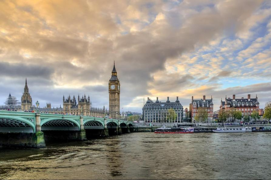 Theems Londen